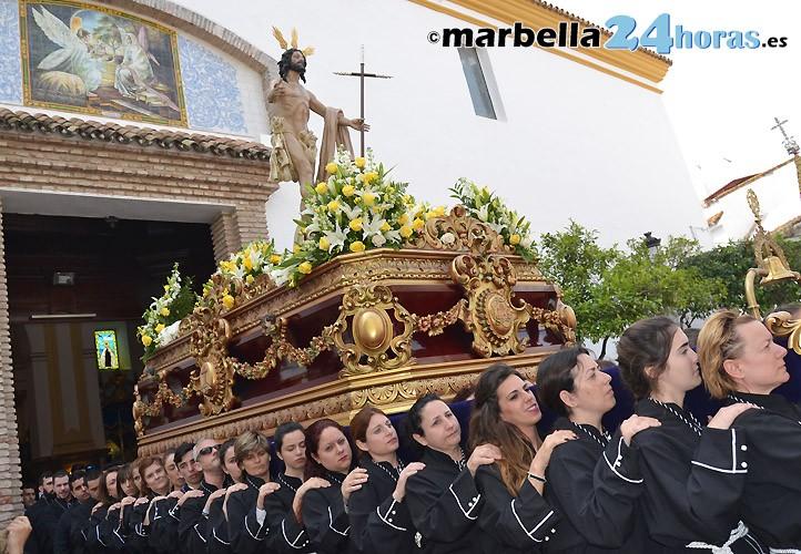 el resucitado pone el broche de oro a la semana santa en marbella