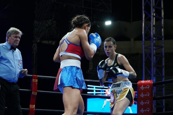 Joana Pastrana Pierde Su Corona Mundial De Boxeo Ante: Joana Pastrana Pierde En Marbella El Título Mundial Ante