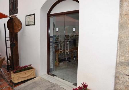 El servicio de atenci n al turista extranjero en marbella for Oficina turismo marbella