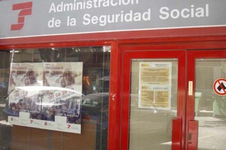 Marbella pierde afiliados a la seguridad social en septiembre local - Oficina seguridad social granada ...